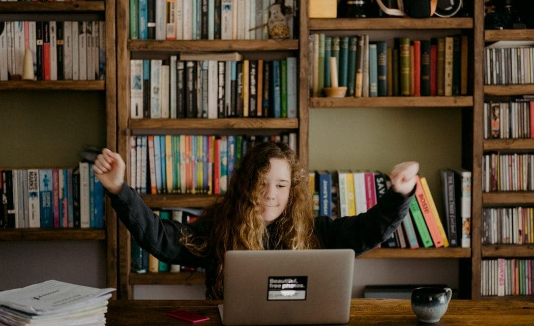 Best Textbook Buyback Sites – 10 Sites Worth Selling To