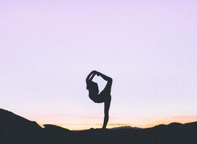 Best Online Yoga Classes – Top 10 Choices
