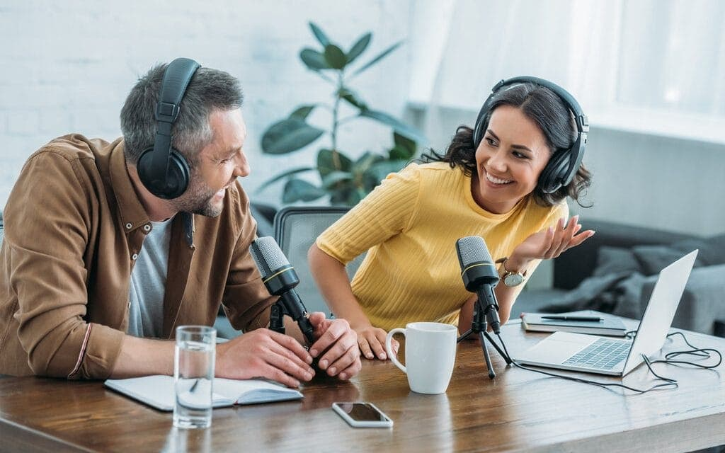 Best Psychology Podcasts – Top 9 Worth Listening To