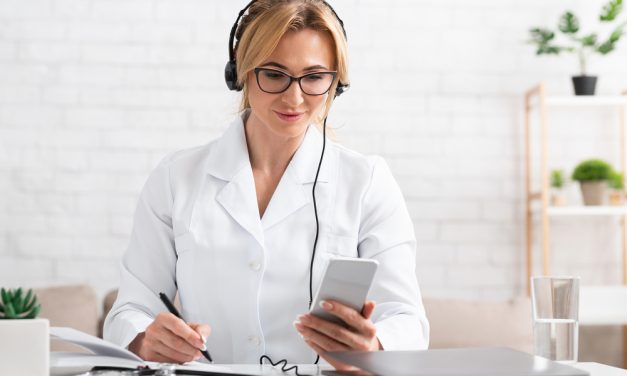 Best Medical Podcasts – 13 Popular Options Worth A Listen